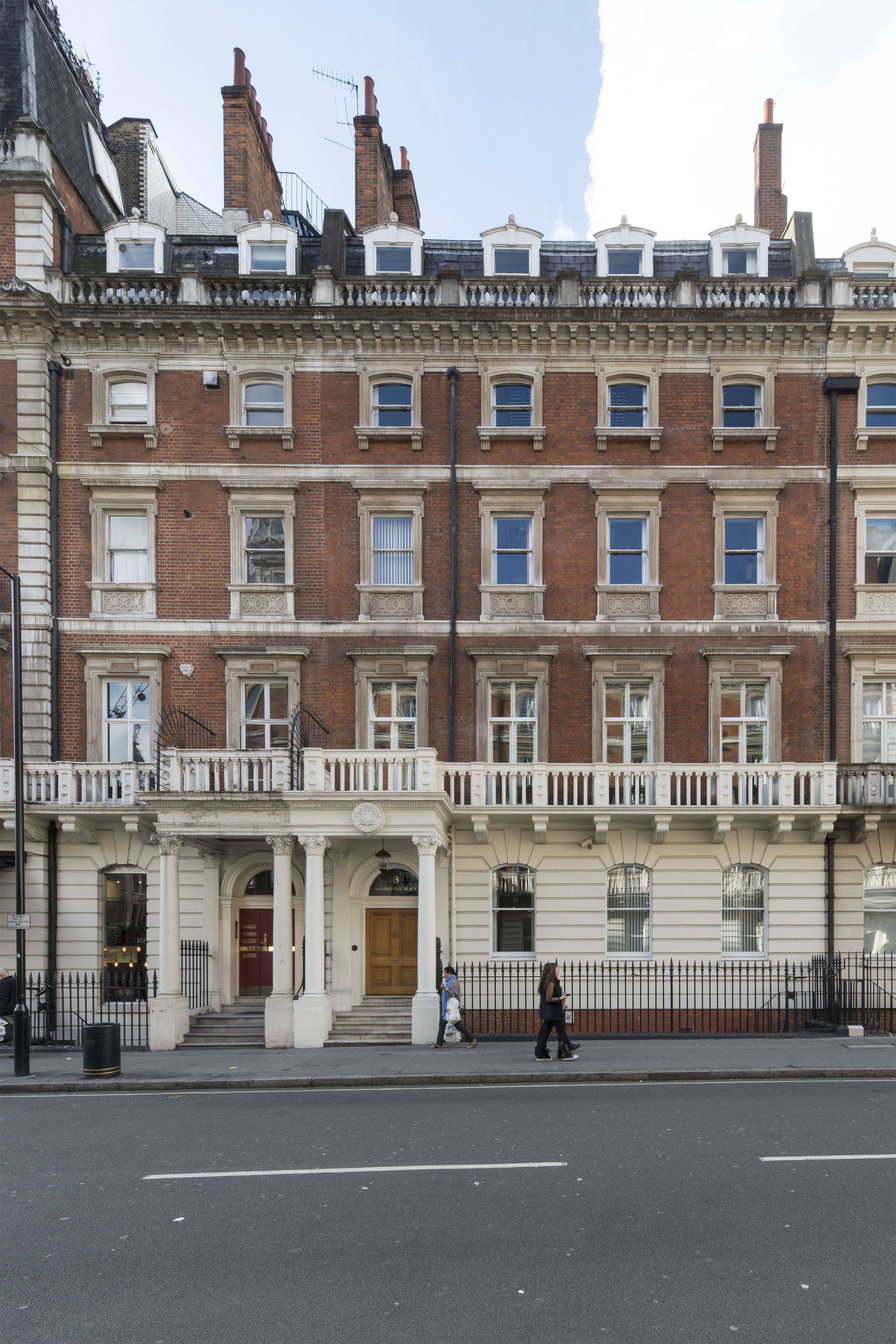 M & H Advise Private Client On Sale of 3 Mandeville Place